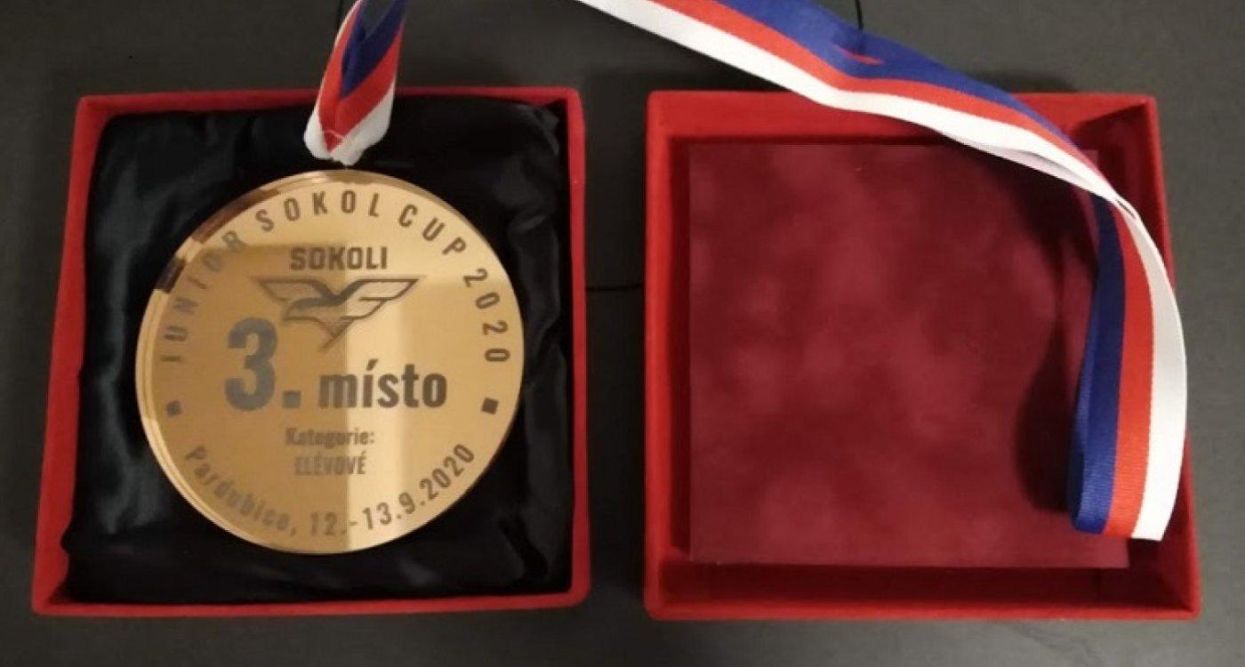 VEZEME MEDAILI z Junior Sokol Cup 2020